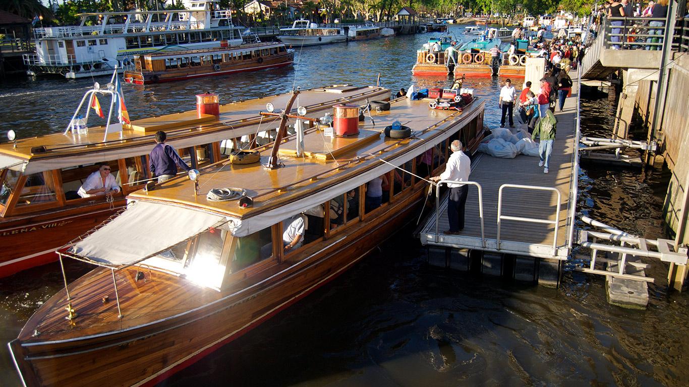 Delta Boat