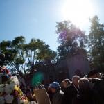 Crowd at Carlos Gardel's tomb celebrating his life