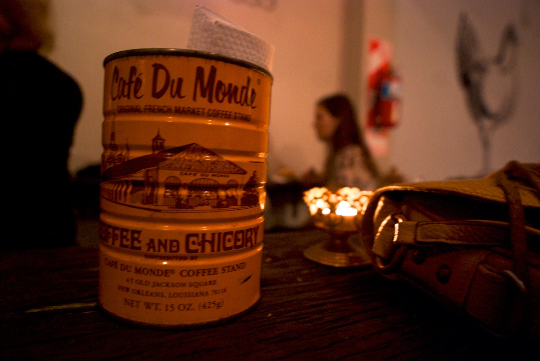 Cafe Du Monde accent